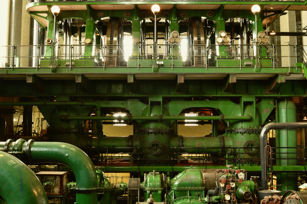The Sir William Prescott triple-expansion engine