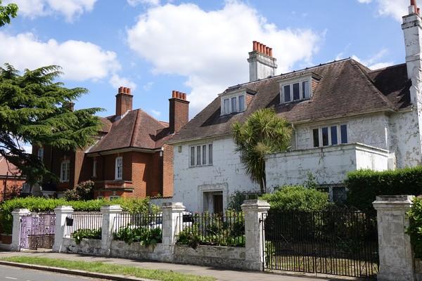 11. Thorncote and Ingleside