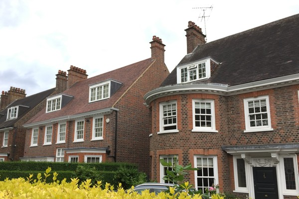 8. Queen Ann style houses on Woodfield Road