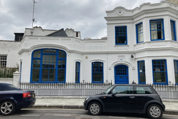 11. Studio 3, Challoner Crescent