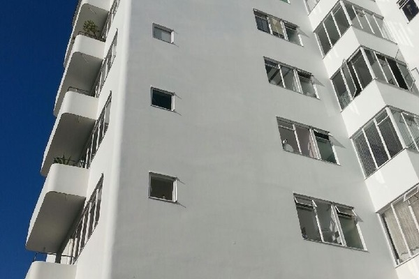 Building 1297 pullman court 6601cc5964760dd443900311731c822d