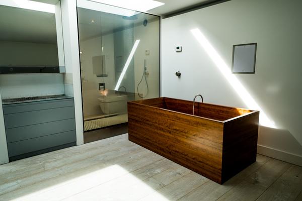 Cherry Wood Bath