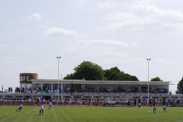 Queen Elizabeth II Stadium, Enfield