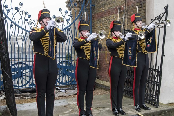 King's Troop trumpeters at unveiling of new gates