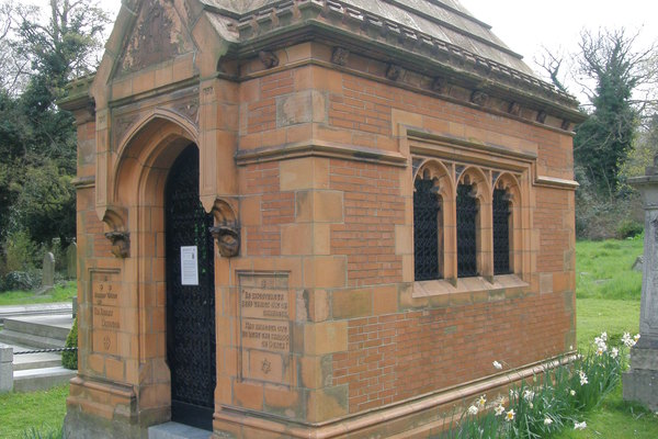 Sir Henry Doulton mausoleum