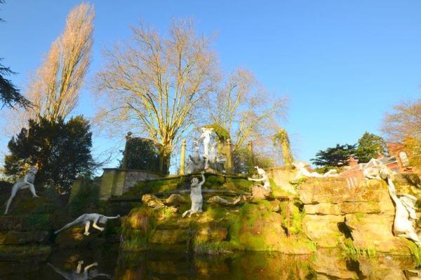 York House Fountains