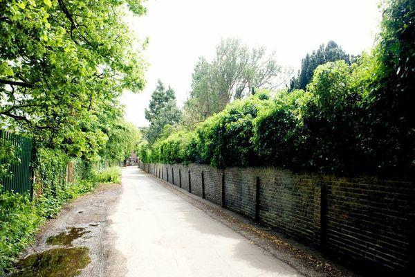 Quakers Lane