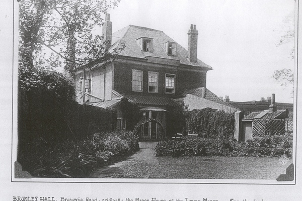 Bromley Hall Garden 1930