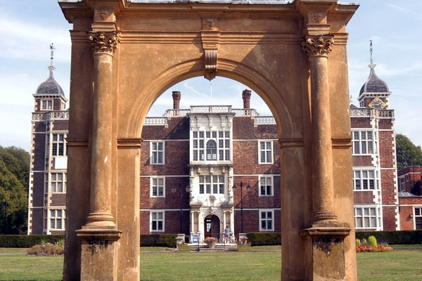 Charlton House and Archway