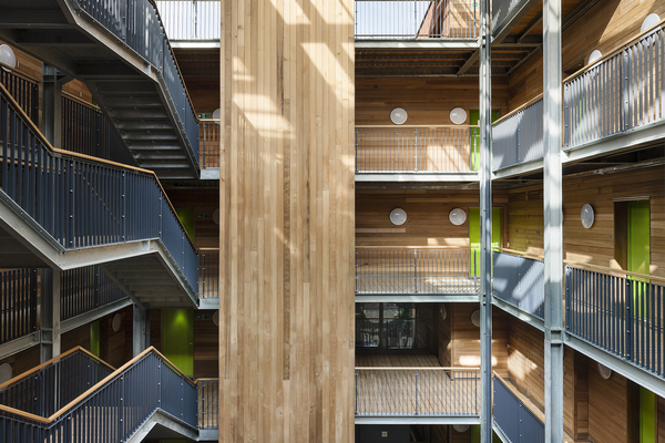 Internal circulation courtyard and communal spaces with glazed roof