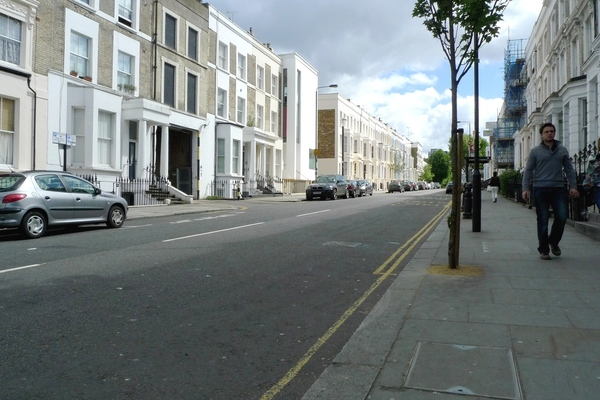 View eastwards on Westbourne Park Road