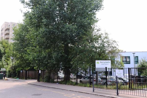 Berrymede Infant School - South Acton Estate (21st century rebuild)