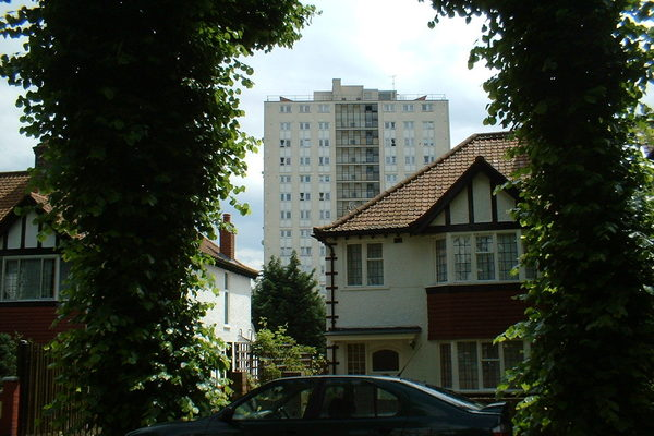 Jerome Tower's aerofoil roof (1963) seen from William Willett's Mill Hill Park Estate (1877 onwards)