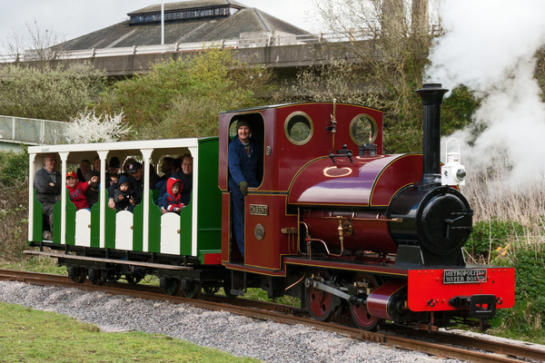 'Darent', Kempton's 1903 narrow-gauge steam loco gives rides