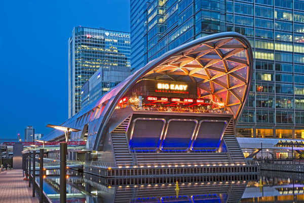 Canary Wharf staton for future Elizabeth line and retail above