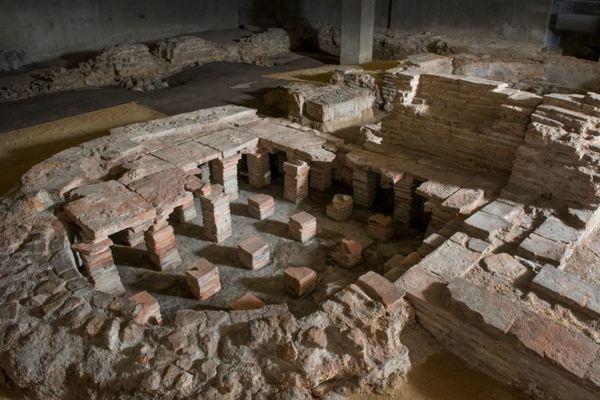 View of Billingsgate Roman Bathhouse