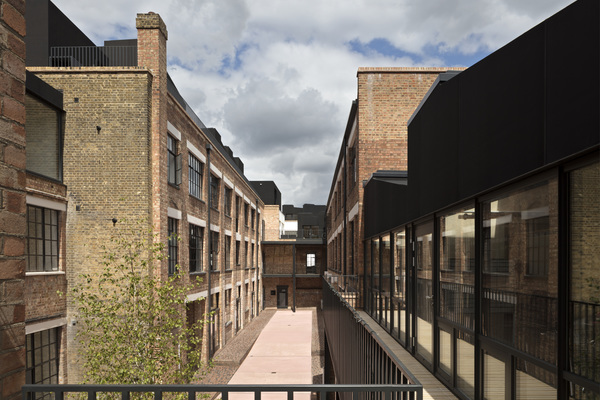 New courtyard from the rear building of No. 92