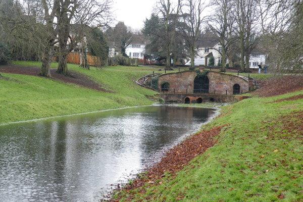 Carshalton Park Grotto Canal