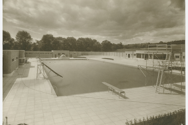 The 650,000 gallon Lido Pool