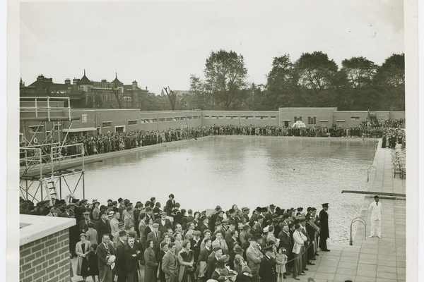 Opening of the Parliament Hill Lido, August 20 1938
