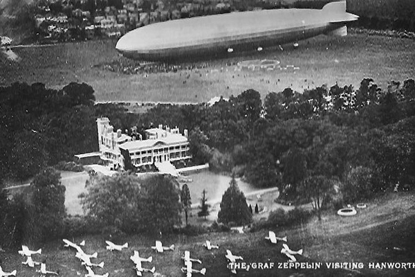 1932 - Graf Zeppelin in background, Club Members planes in foreground.