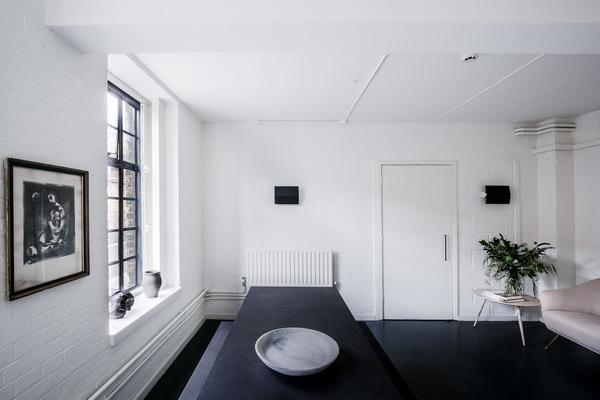 Interior View 4