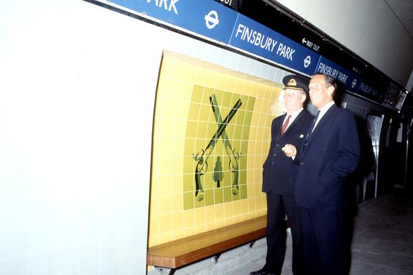 Finsbury Park Station platform