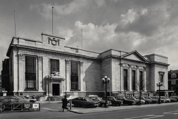 Building 767 islington town hall 1980 ce1d86a1dbf0f48b1aa74cf0e217bfd1