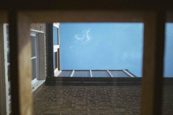 External view 2