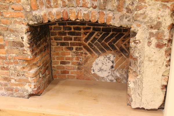 Tudor Fireplace in Long Gallery