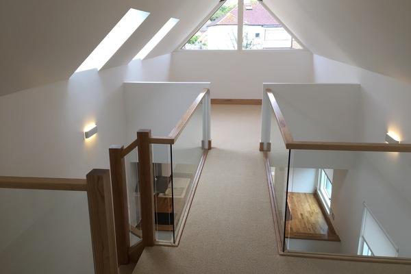 One bed - glazed bridge between mezzanine floors