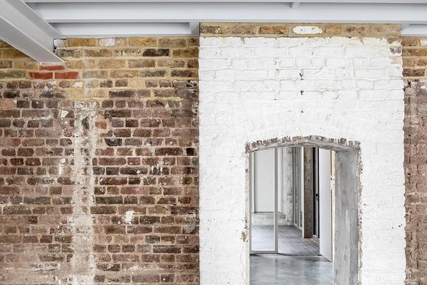 Detail Doorways