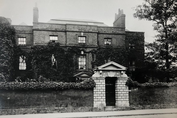 Fulham House 1895