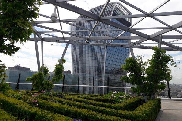 Building 9377 one fen court roof garden 6 0d626f7878e6a52f729bc177de583e00